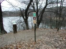 hiking-trail-overlook